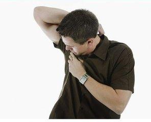 腋臭对女性患者会造成什么影响